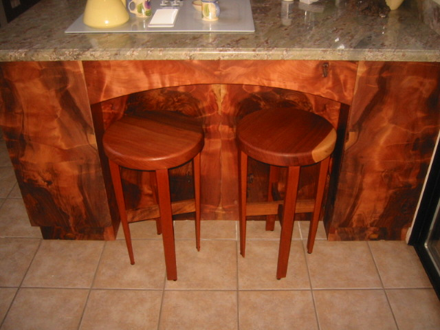 Beautiful Redwood Furniture Showcase   Burl Cabinet U0026 Stools