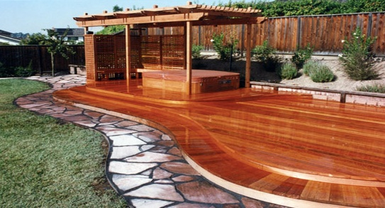 Curved redwood deck buy redwood for Redwood vs composite decking