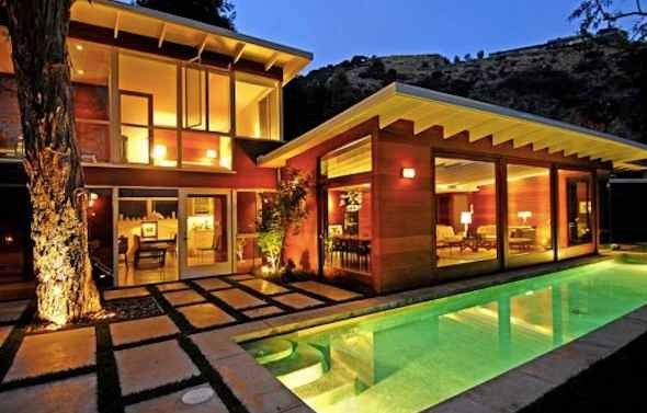 Stunning redwood home in los angeles buy redwood for Buy house hollywood hills
