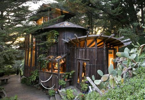 Redwood Wine Barrel House In Big Sur